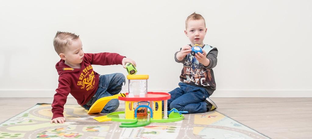 Kinderen leren taal ook tijdens het spelen